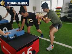临汾零基础哪学健身教练培训