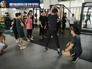 镇江考健身教练职业资格证书要什么条件?