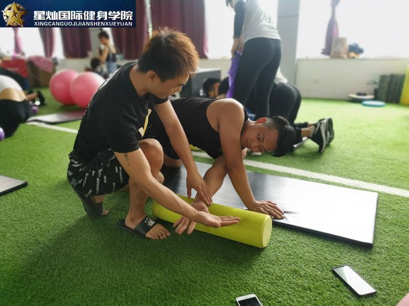 焦作健身教练培训要多钱?