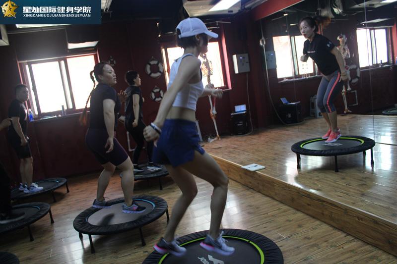 济宁健身教练培训什么课程都?