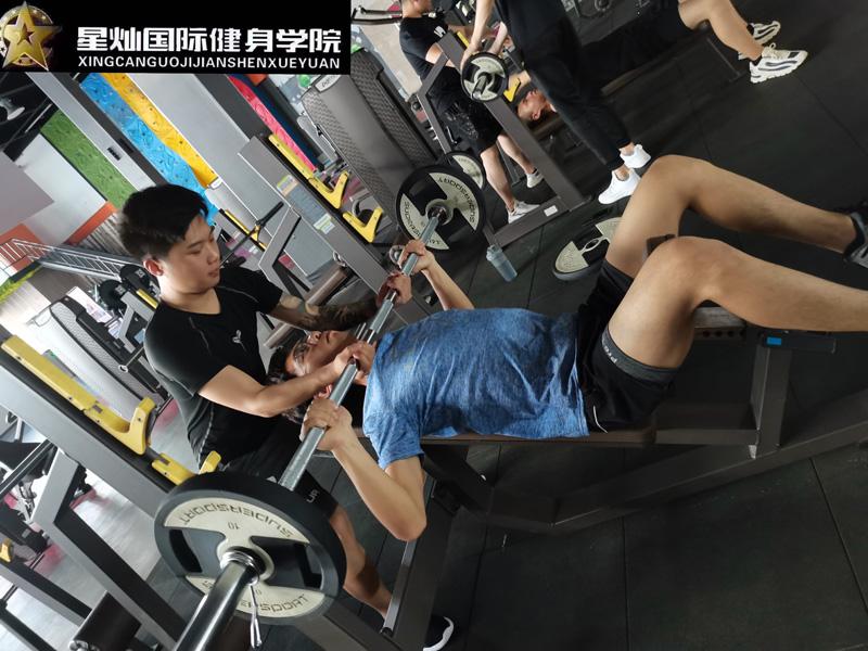 丽水怎么考初级健身教练证?