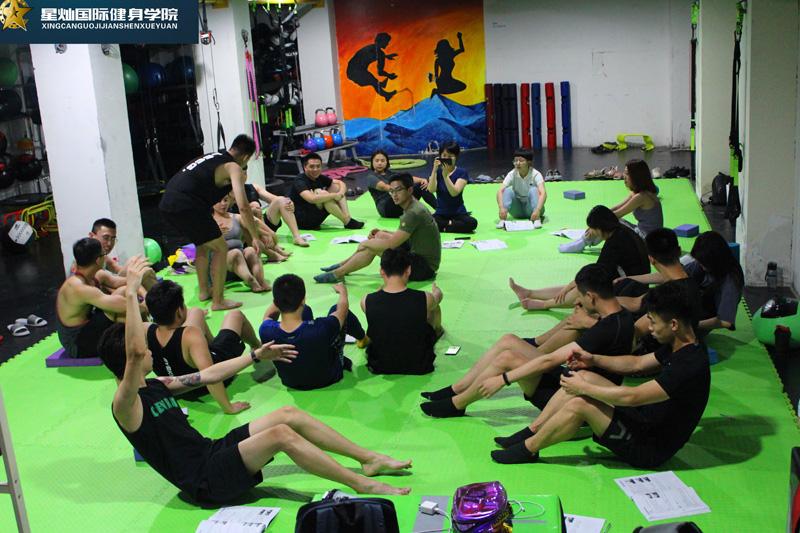 毕节健身教练培训内容都有什么?